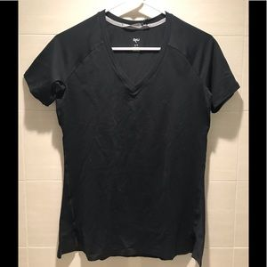 RYU teclayr Black Top V neck M